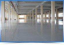 Обработка бетонного пола в гараже